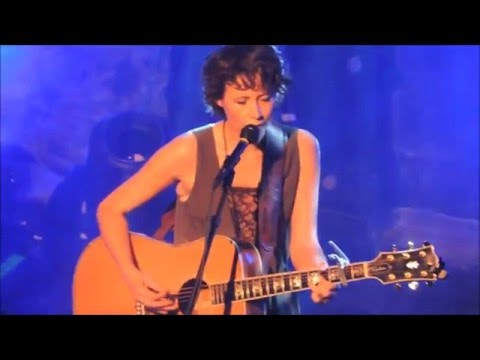 Sarah Lee Guthrie  Catch the Wind Donovan  and 7 Sisters, Spokane WA 42316