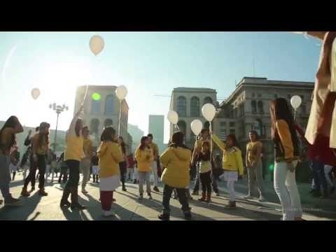 Kwento ng Pasko ( Flashmob in Milan ) by: Explosion Group of Filipino Talents
