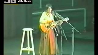 Joan Baez - Kumbaya (Live In Barcelona - Nov 18, 1977)