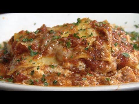 Chicago's Best Lasagna: La Fontanella