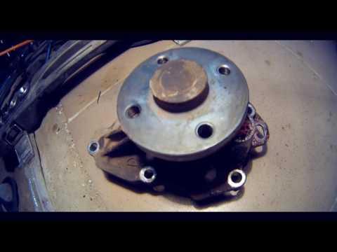 Toyota Camry (XV40) - замена сальника коленвала, помпы, масла.