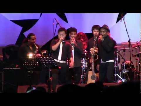 Trio Lestari - Bohong ~ Garuda Pancasila @ JJF 2012 [HD]