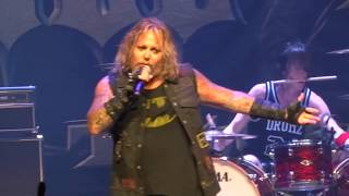 Watch Vince Neil Kickstart My Heart video