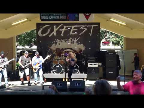 Keri Singing w Almost Sober @ OXFEST Esther Short Park, Vancouver WA 09-07-2015 Part 1