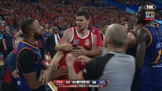 PERTH WILDCATS vs ADELAIDE 36ERS TUSSLE - ROUND 17 2018 NBL