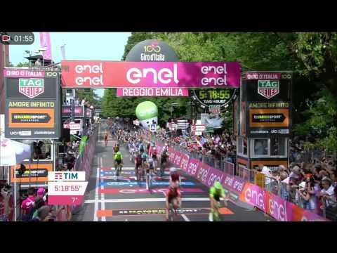 Victoria Fernando Gaviria, etapa 12 Giro de Italia 2017, últimos 2 km