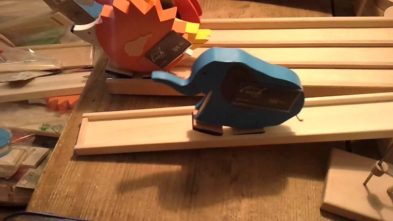 Walking elephant toy from Prague - YouTube