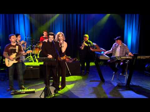 CABARET zenekar: Szabadíts fel! videó letöltés