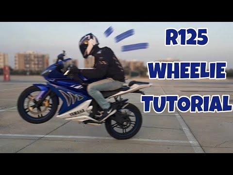 come-impennare-un-125-4t/yamaha-r125-|-125-4t-stunt-wheelie-tutorial