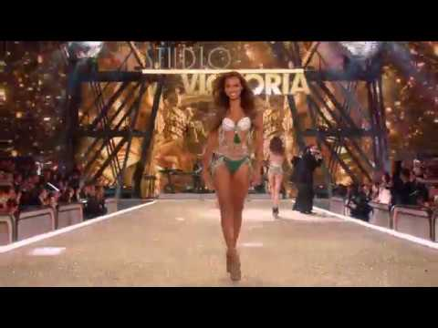 Victorias Secret Fashion Show 2016
