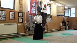 zengo no ido fumikomi tsuki tatte ushiro