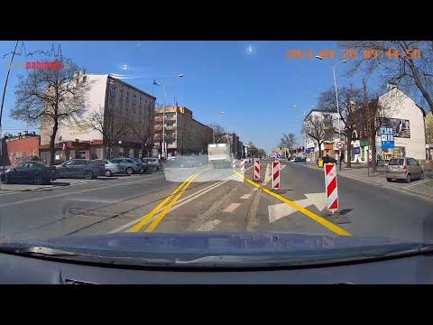 Nowa organizacja ruchu na ul. Zamkowej w Pabianicach. Jak tędy jeździć?
