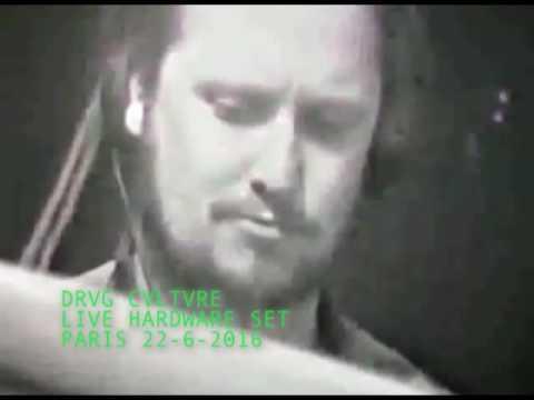 Drvg Cvltvre live HARDWARE ACID set in Paris