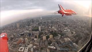 RED ARROWS LONDON FLYPAST