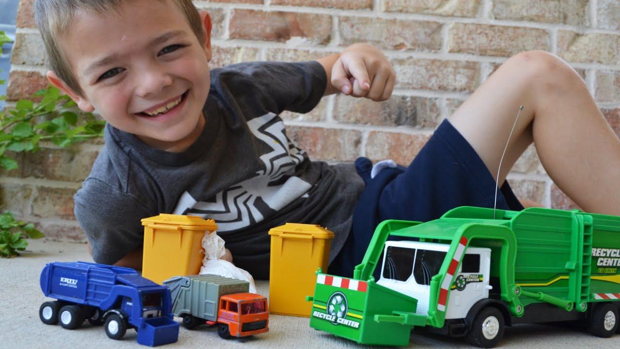 Garbage Truck Videos For Children l Garbage Trucks Work To Pick Up Trash  l Garbage Trucks Rule