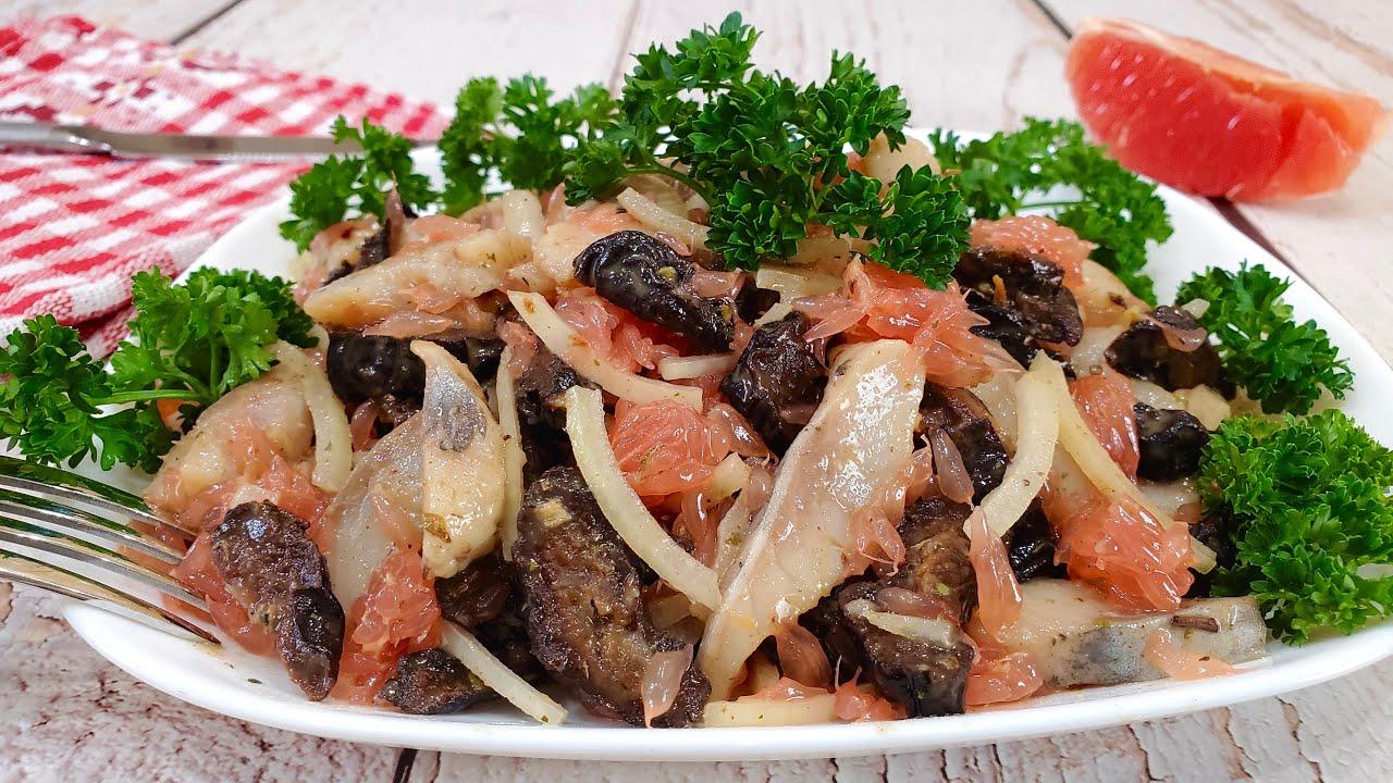 Закусочный салат с сельдью - просто и вкусно