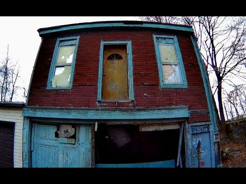 ABANDONED Mahanoy City PA Very Small area covered URBEX