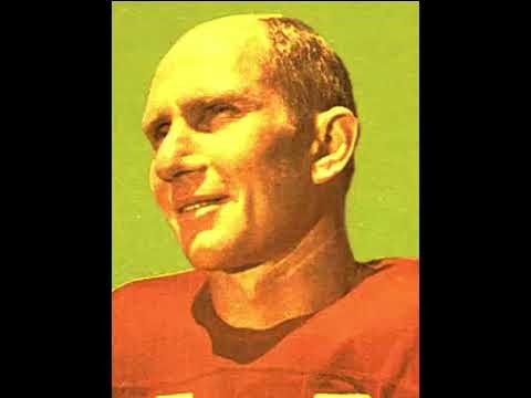 Y  A  Tittle, 90, American Hall of Fame football player