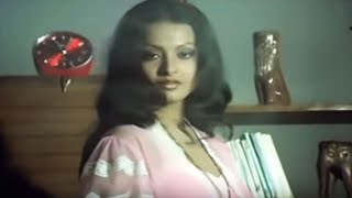 Romantic Scene of Rekha - Ghar