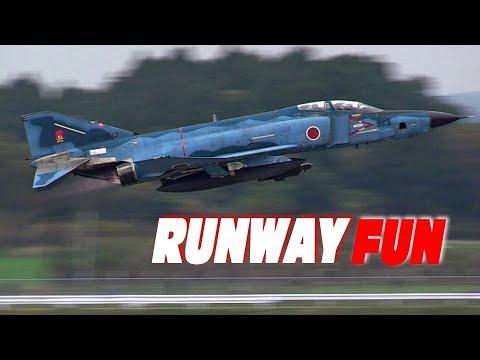 縦横無尽!まだまだ現役!RF-4ファントム偵空飛行訓練展示 新田原基地エアフェスタ2017