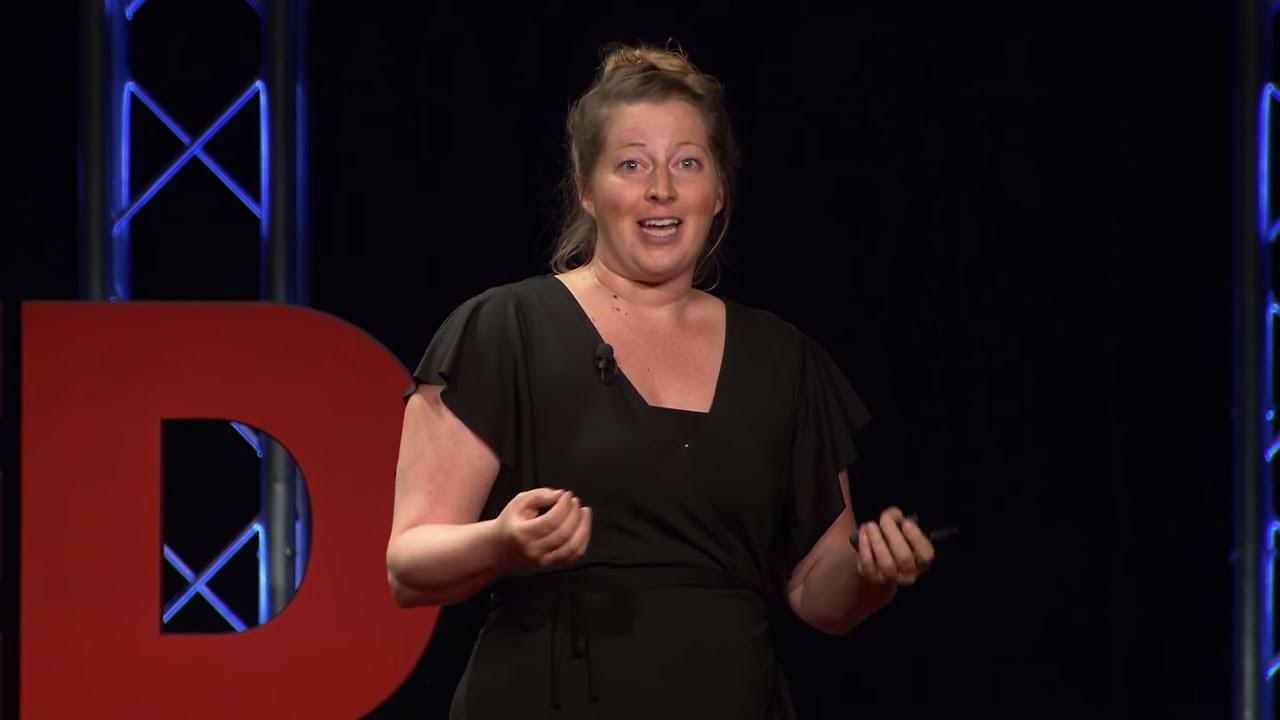 Smart Tourism: How to Be a Smart Tourist | Kristin Weis | TEDxHerndon