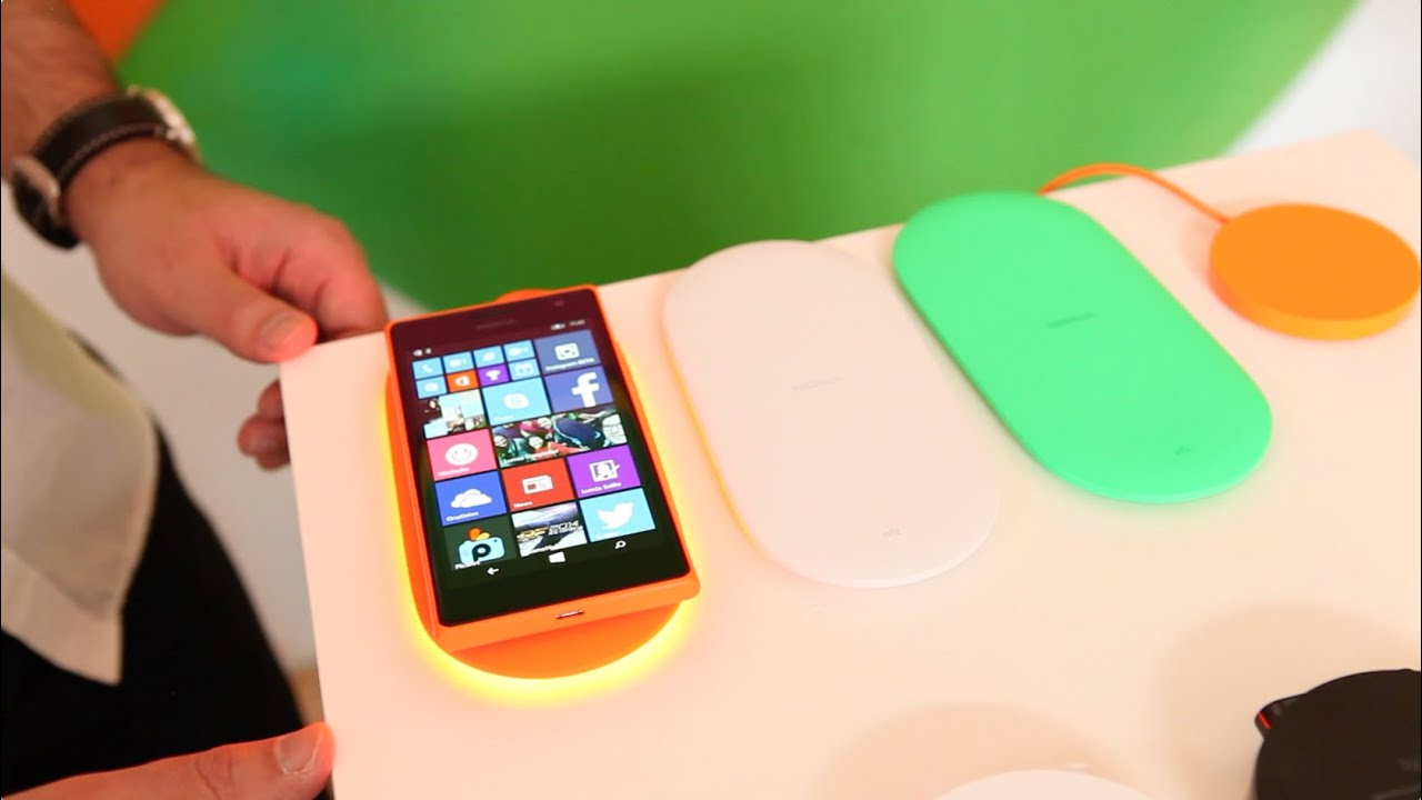 Microsoft\'s next-gen Qi wireless charger, the DT-903 - YouTube