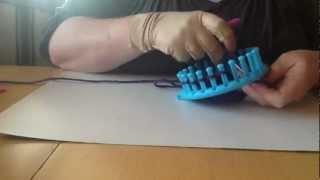 Sådan strikker du et fladt stykke på en strikkering