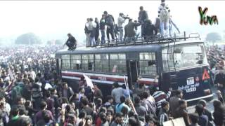 Yuva iTV : Youth Protesting outside Rashtrapati Bhavan against Delhi Gang Rape : 22.12.2012