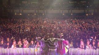 Dan + Shay - How Not To (Live in Detroit, MI)