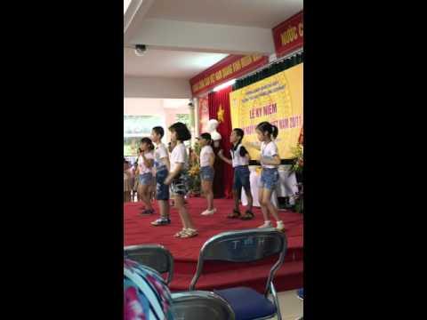 Tiết mục văn nghệ lớp 3A4 - Tiểu học Thăng Long Kidsmart