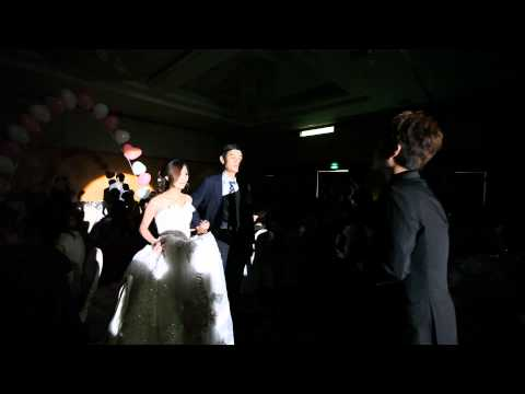 Doy Wu和Serena Yang幸福 感人的婚 禮