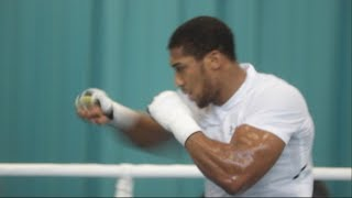 POWERFUL - 'ANTHONY JOSHUA COMES IN LOOKING TRIM & SHARPE AHEAD OF JOSEPH PARKER UNIFICATION'