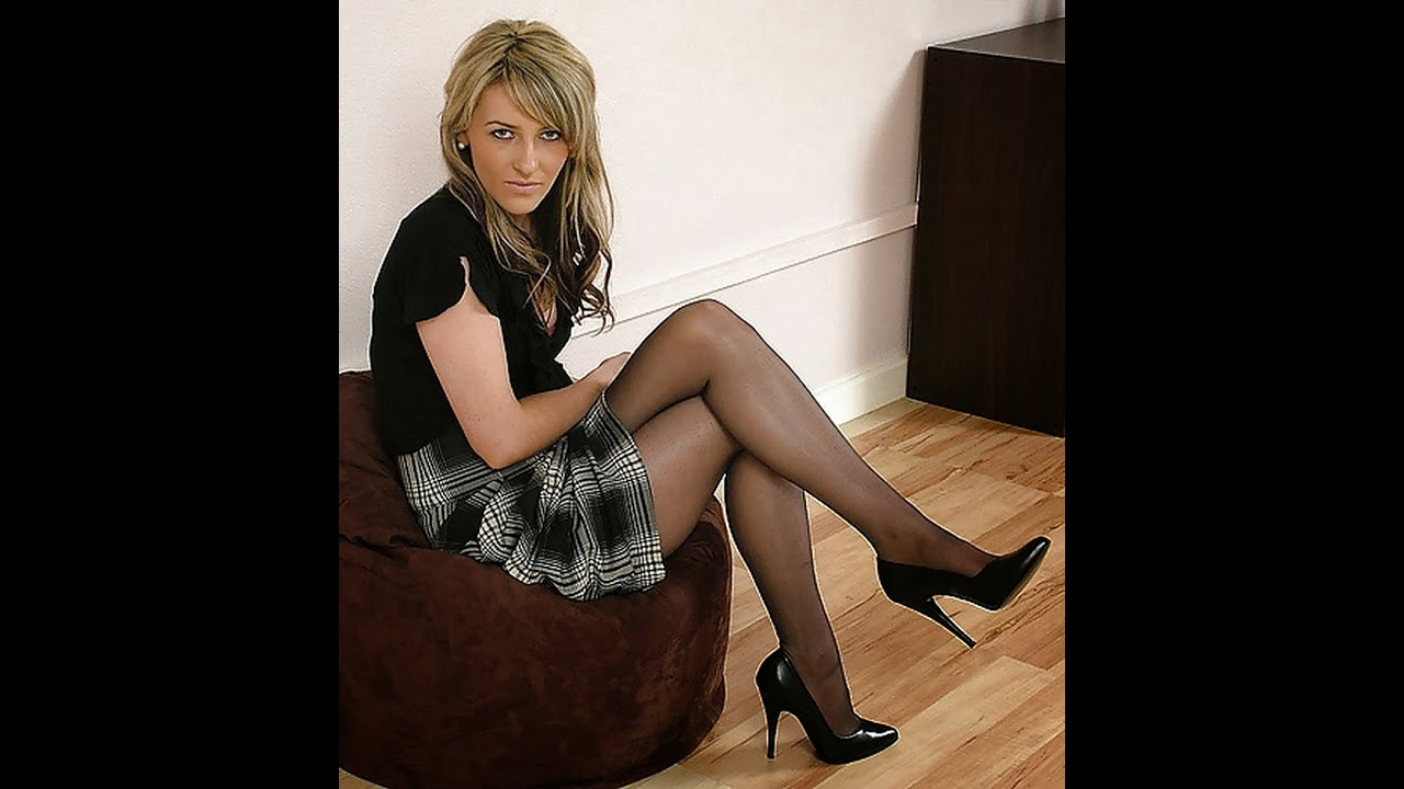 Pantyhose and heels pics