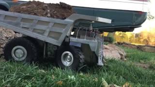 Rc haul truck vs dumptruck
