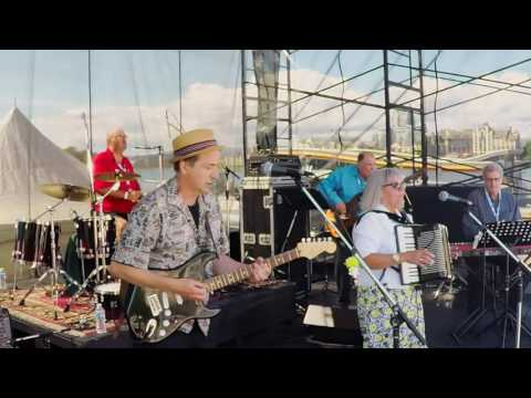 Auntie Kate and the Uncle's of Funk Blues Bash 2016