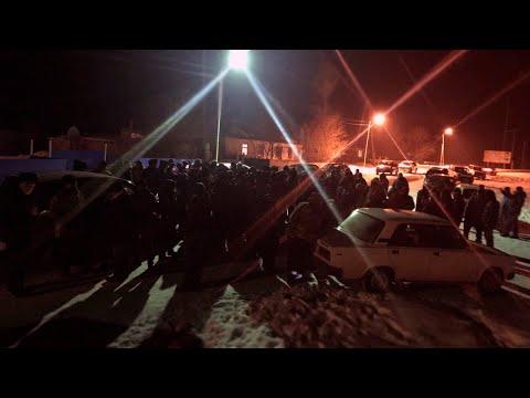 Ночной протест в Зайсане. Больных коронавирусом из Китая запускают в Казахстан / БАСЕ