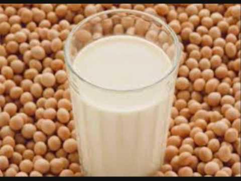 Ketika Mencoba Kacang Almond dan Susu Almond Untuk Melancarkan ASI