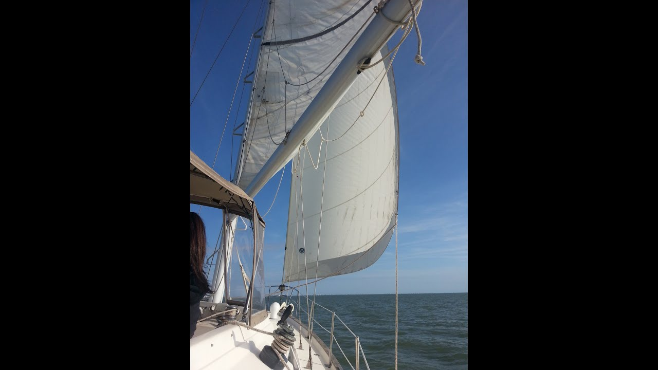 How to replace the sail