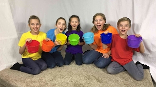 Learn English Colors! Rainbow Bucket Surprise Egg with Sign Post Kids!