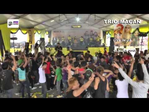 3 macan live Goyang morena winny ft. Arisyana..
