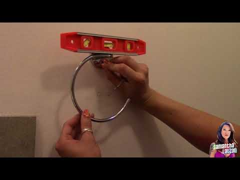 Replacing an old hand towel rack in the bathroom a #HowTo by me