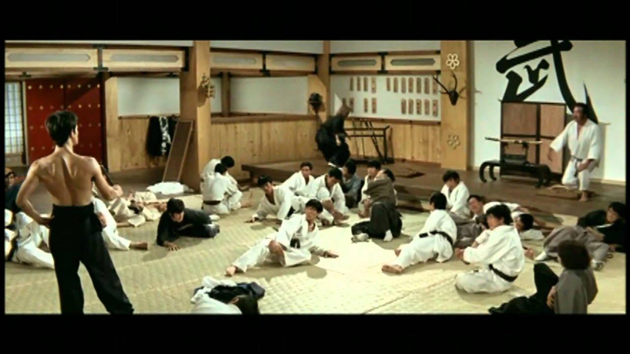 Bruce Lee Vs School