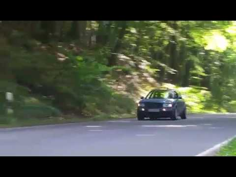 Audi RS2 Avant & Sedan Fly by