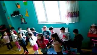 Gambar cover Zeytinburnu İKLİM ANAOKULU Fidanlar Sınıfı Dans Dersi