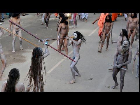 Fight Between Sadhus at Ujjain Kumbh Mela | Shocking Video