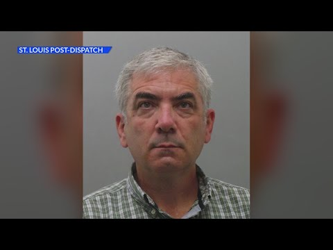 Ex-teacher charged with sexually abusing 3 Missouri students