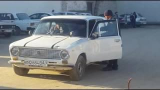 Жиззах шахар Зомин кучадаги Авто шох бекатдан ким рухсат берди авто машиналардан пул йигишга