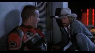 Harley_Devidson&Cowboy_Marlboro_На крыше с тремя мультами зелени.avi
