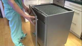 Установка и подключение посудомоечной машины (english)(Видеоинструкция по установке и подключению посудомоечной машины. Принципиально все посудомоечные машины..., 2012-07-11T18:42:57.000Z)
