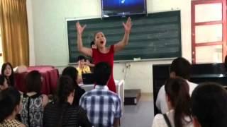 HLV Thu Minh hướng dẫn Hương Tràm (Trên Đỉnh PhùVân-Queen Of-Đường Cong)